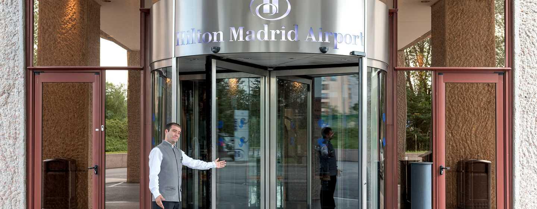 Hilton Madrid Airport, España - Entrada del hotel