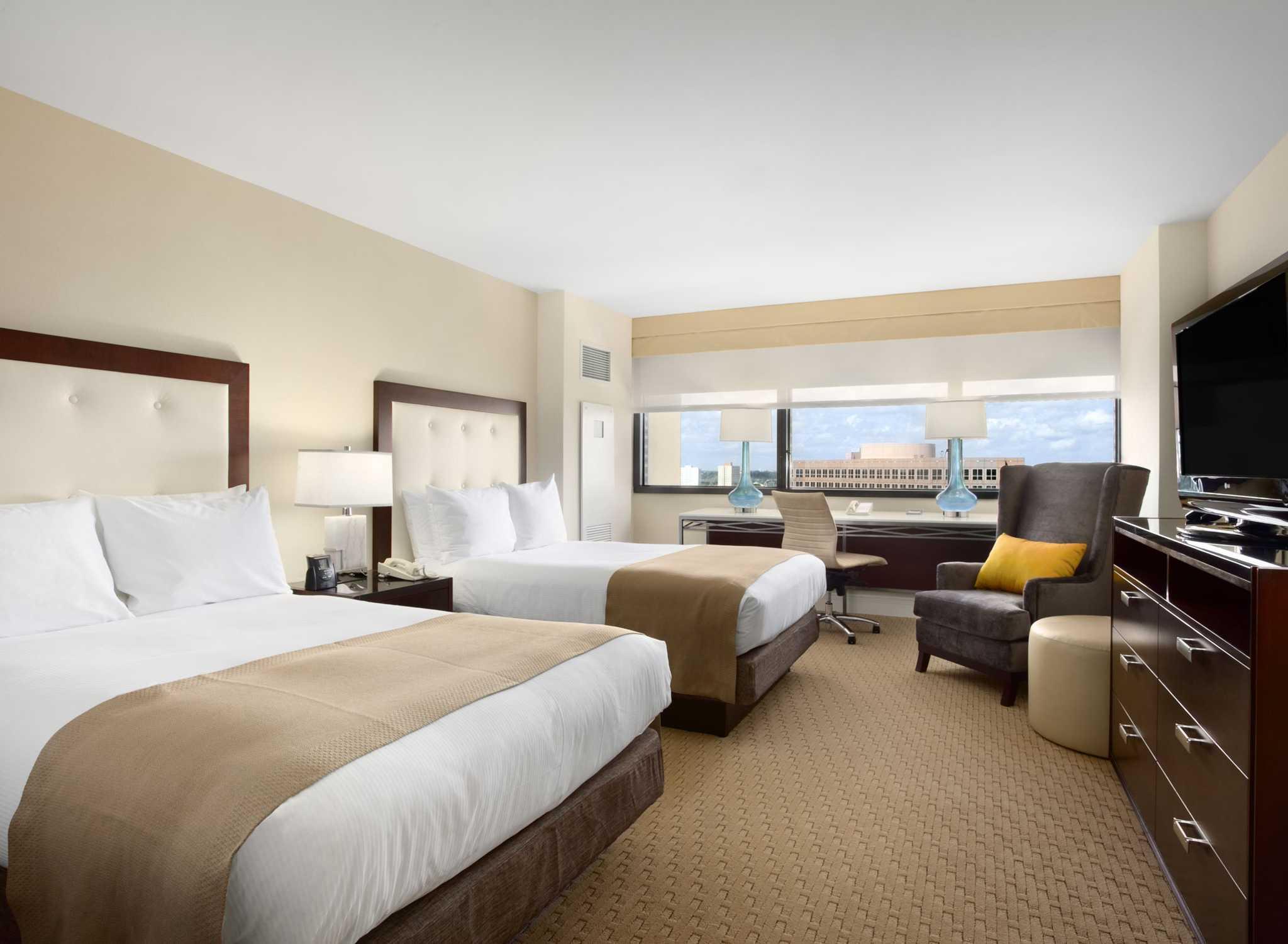 Hotel Hilton Miami Airport Blue Lagoon Florida Habitación Doble
