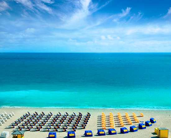 Hilton Bentley Miami/South Beach, Florida- Club de playa Bentley