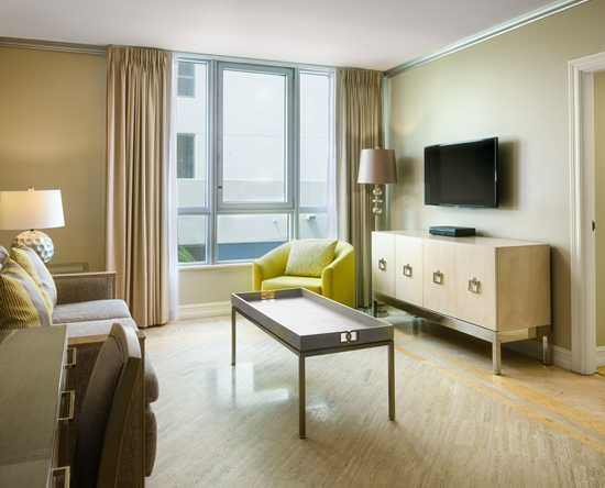 Hilton Bentley Miami/South Beach, Florida - Suite con cama King - Vista a la ciudad