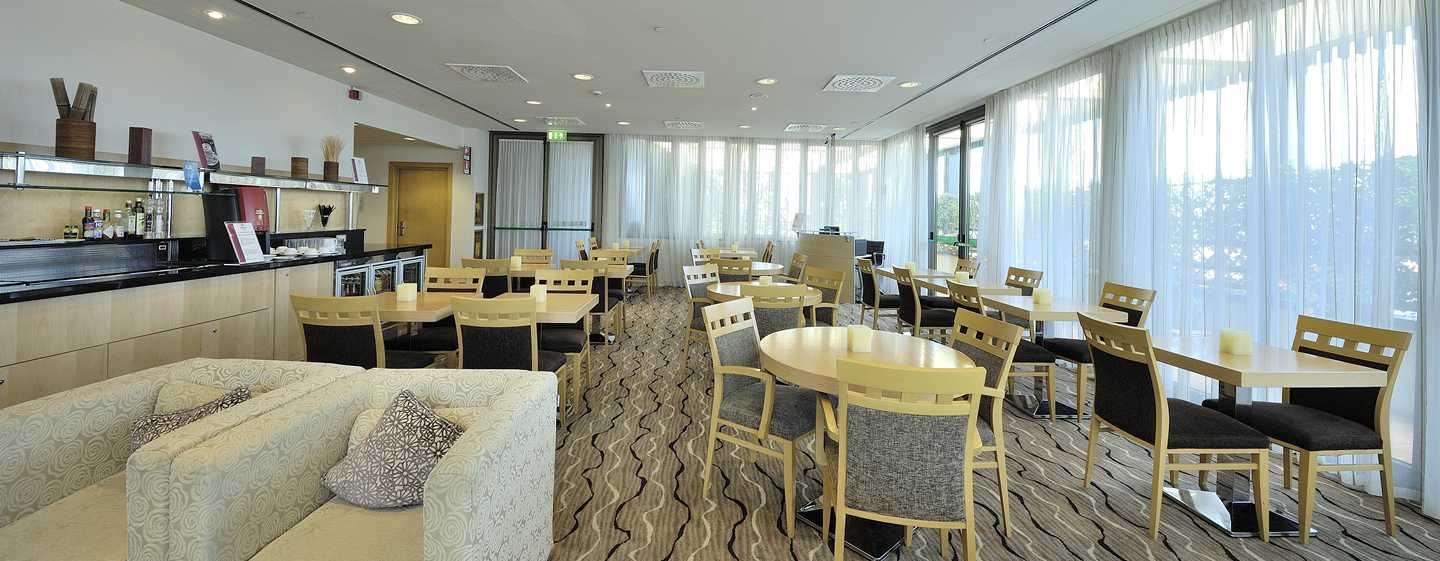 Hilton Milan hotel, Italy - Executive Lounge