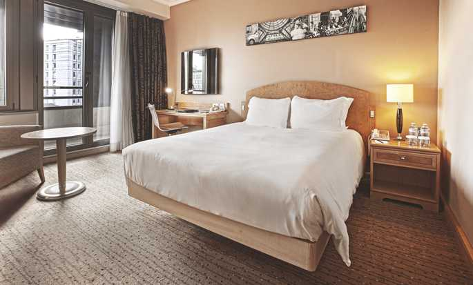 Hotel Hilton Milan, Italia - Camera Executive con letto queen size