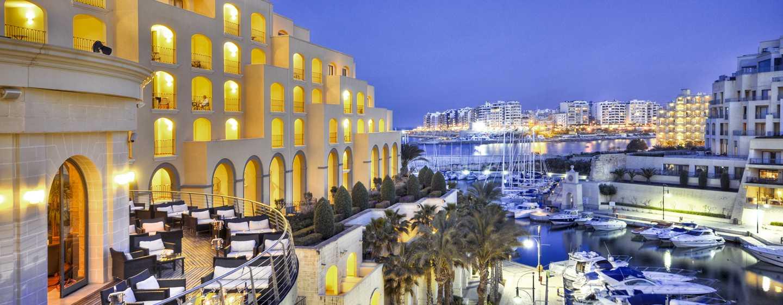 Hilton Malta hotel, St. Julian's, Malta - Buitenkant hotel