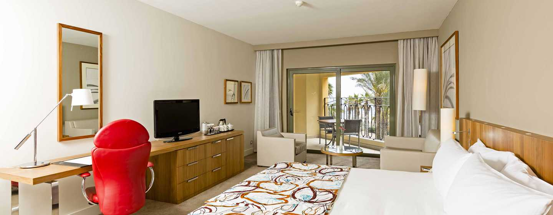 Hilton Malta hotel, St. Julian's, Malta - Deluxe kamer met uitzicht op de tuin