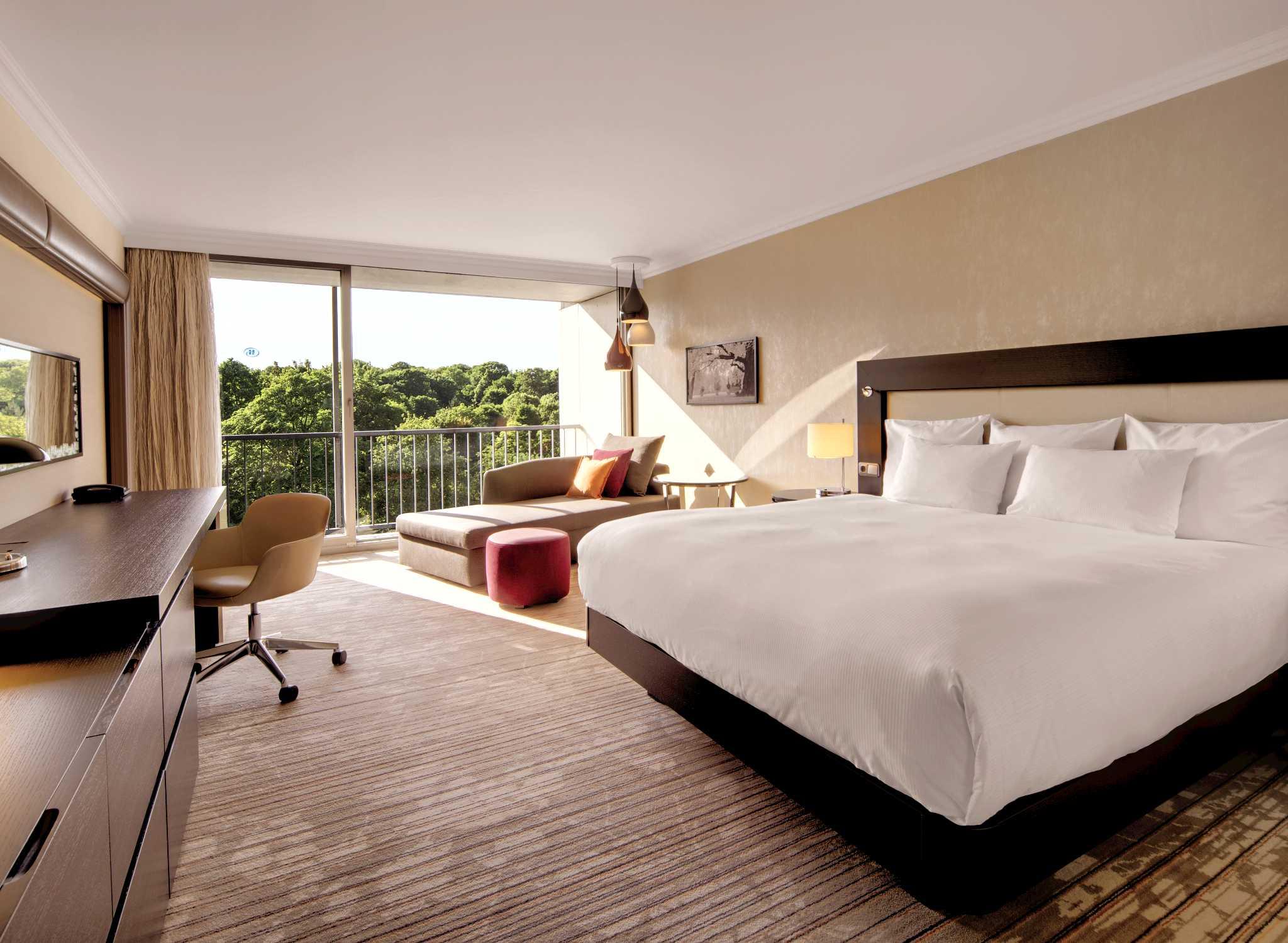 hilton hotel munich park hotel in m nchen duitsland. Black Bedroom Furniture Sets. Home Design Ideas