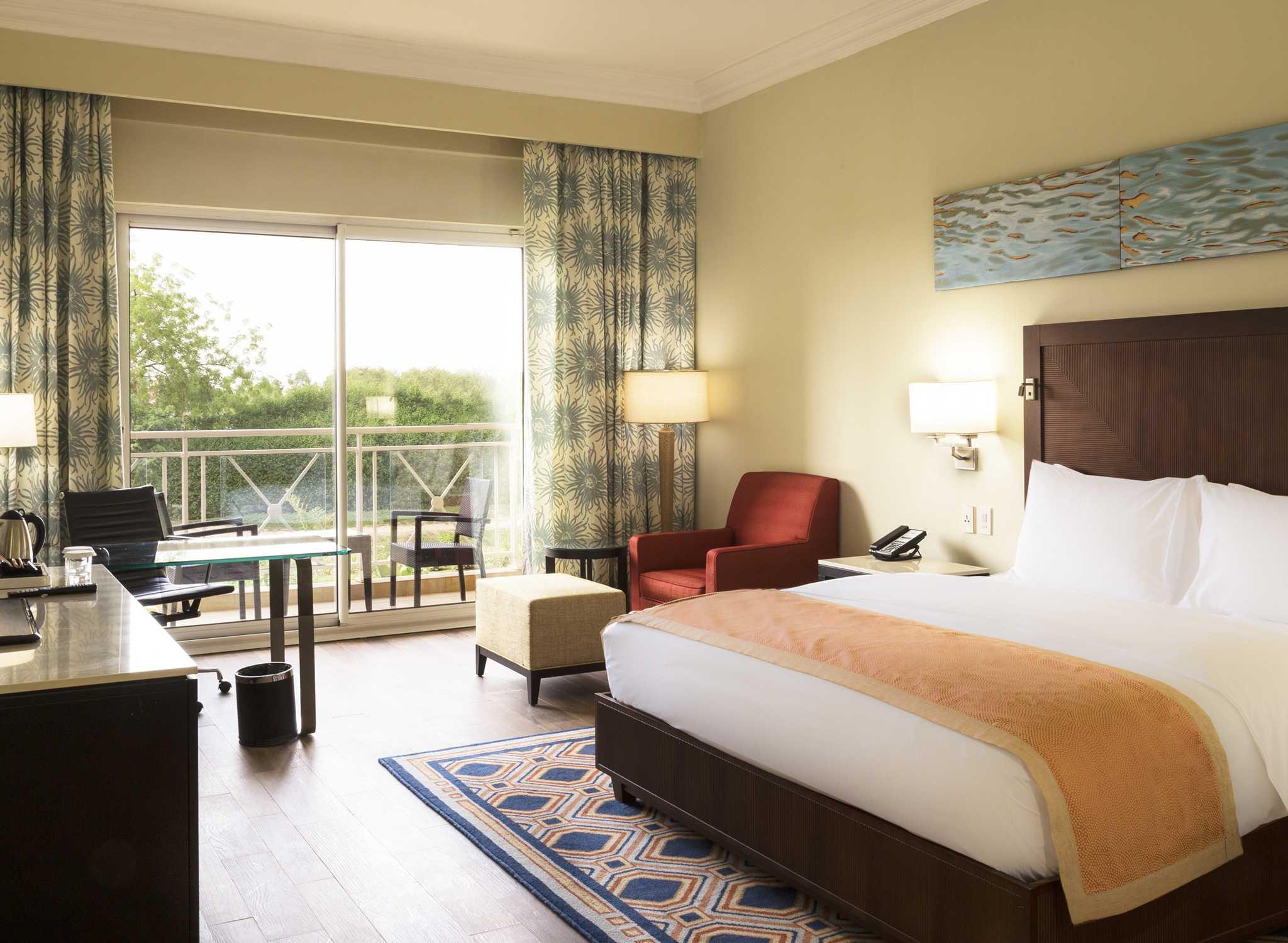 Hilton Hotels  U0026 Resorts