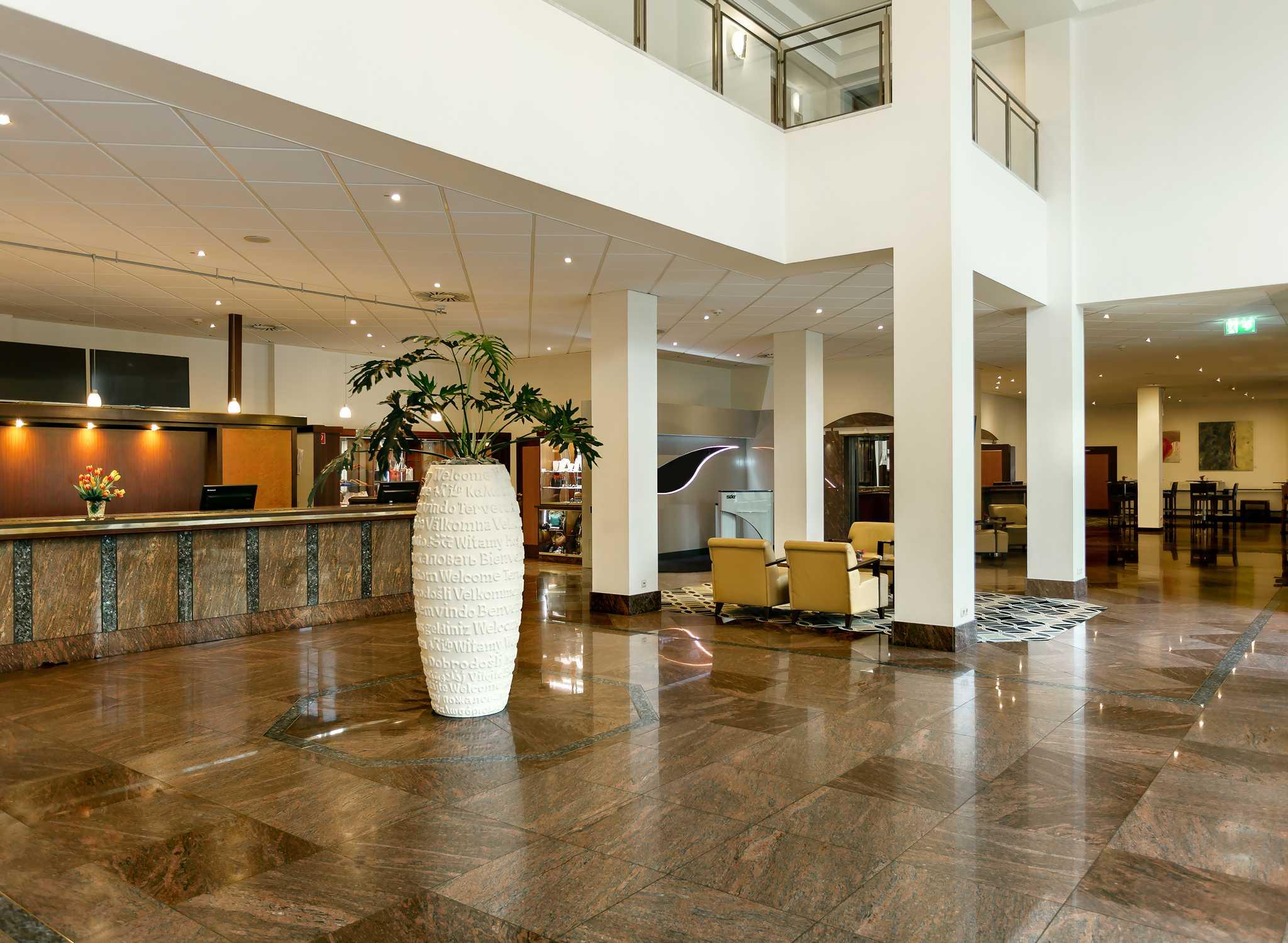 Hilton Hotel Munchen Rosenheimer Stra Ef Bf Bde