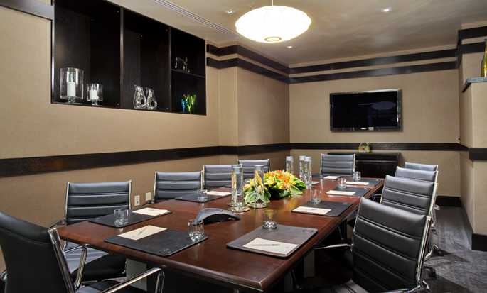 Hilton New York Fashion District hotel - Boardroom