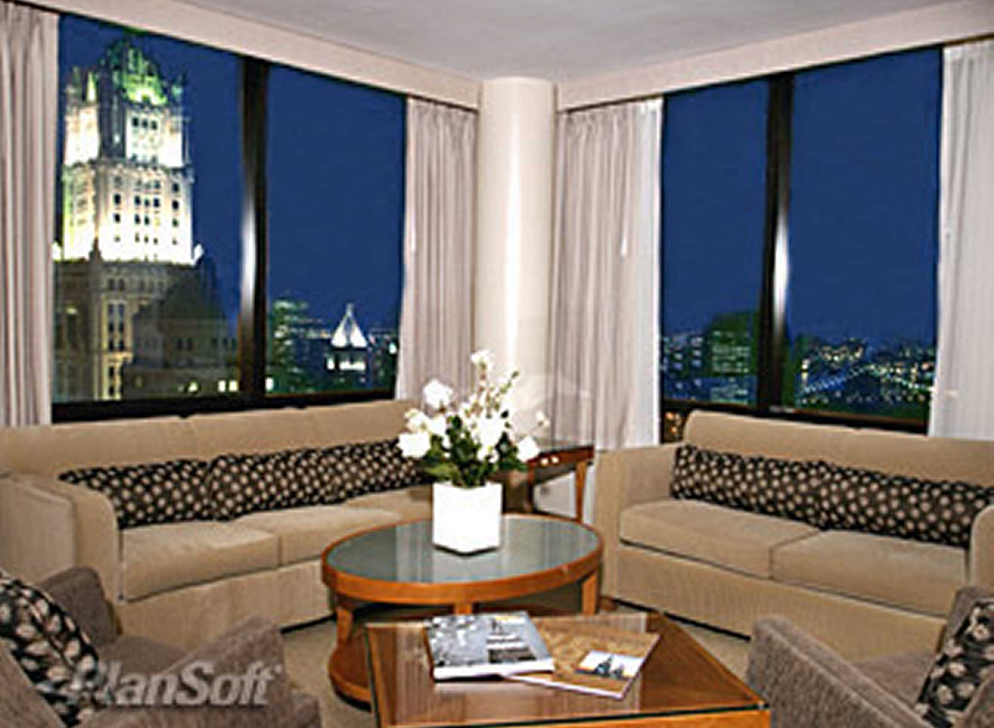 New york monroe county hilton - H Tel Millennium Hilton New York Downtown Suite Living Area