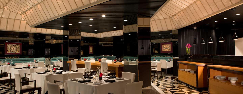 Millennium Hilton NewYork One UNPlaza, USA– Restaurant Ambassador Grill