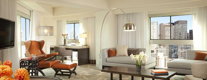 Millennium Hilton NewYork One UNPlaza, USA– Wohnzimmer des Zimmers