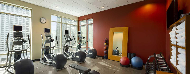 Hilton Chicago/Magnificent Mile Suites Hotel, USA– Fitnesscenter