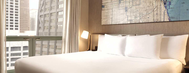 Hilton Chicago/Magnificent Mile Suites Hotel, USA– Schlafzimmer der Suite