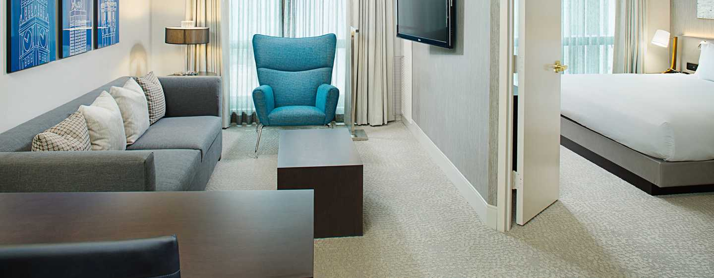 Hilton Chicago/Magnificent Mile Suites Hotel, USA– Executive Suite mit King-Size-Bett