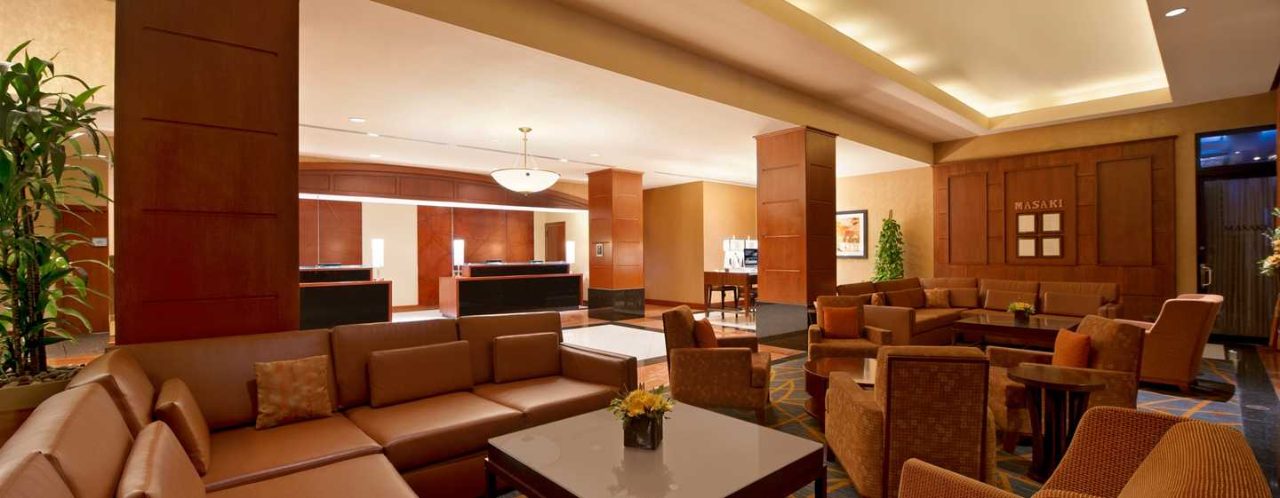 Hilton Chicago/Magnificent Mile Suites Hotel, USA– Lobby