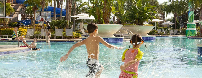 Hotel Hilton Orlando, Florida - Diversión familiar junto a la piscina