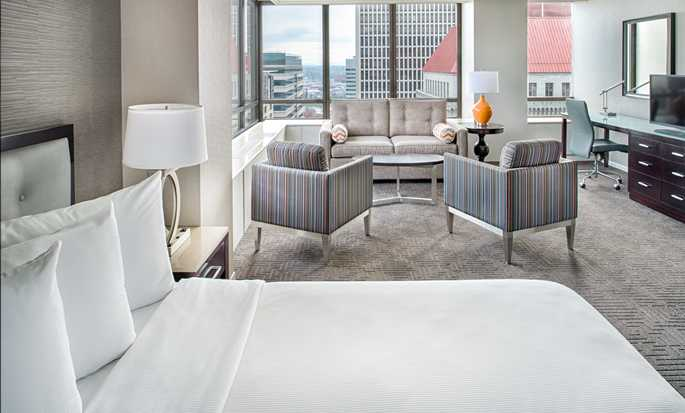 Hilton Portland & Executive Tower Hotel, USA – Studio Suite mit King-Size-Bett