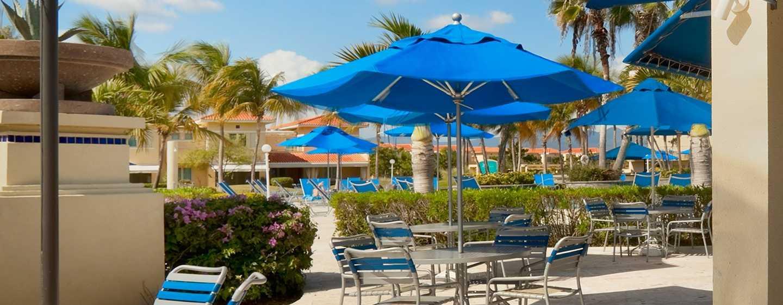Hilton Ponce Golf & Casino Resort, Puerto Rico - Bar de la piscina del Costa Caribe