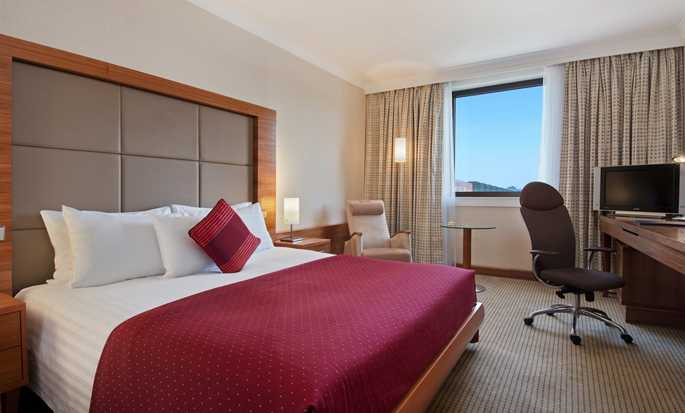 Hilton Prague Hotel, Tschechien – Executive Suite mit King-Size-Bett