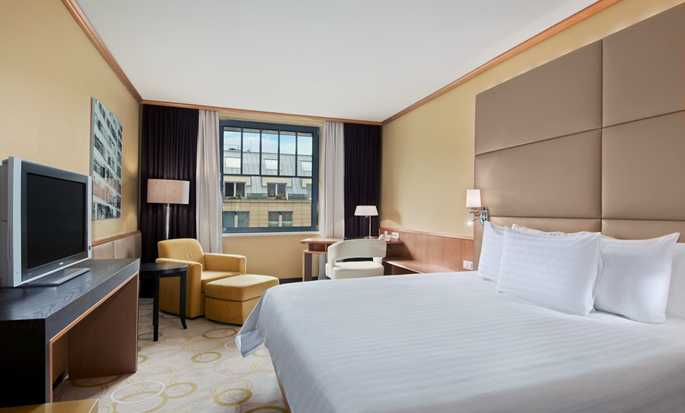Hotel Hilton Prague Old Town, Repubblica Ceca - Camera Hilton con letto king size