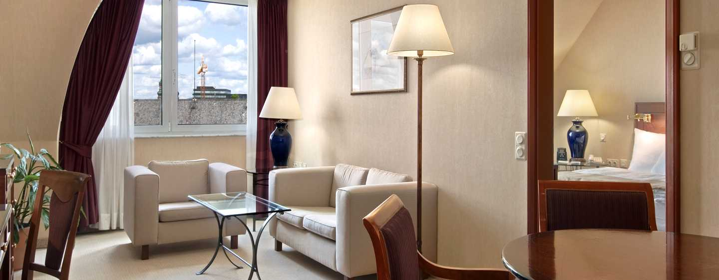 Hilton Mainz City Hotel, Deutschland – Junior Suite mit Kingsize-Bett