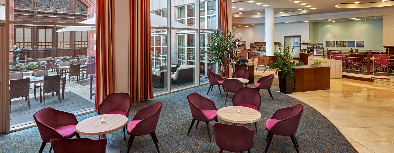 Hilton Mainz City Hotel– Deluxe Zimmer mit Kingsize-Bett
