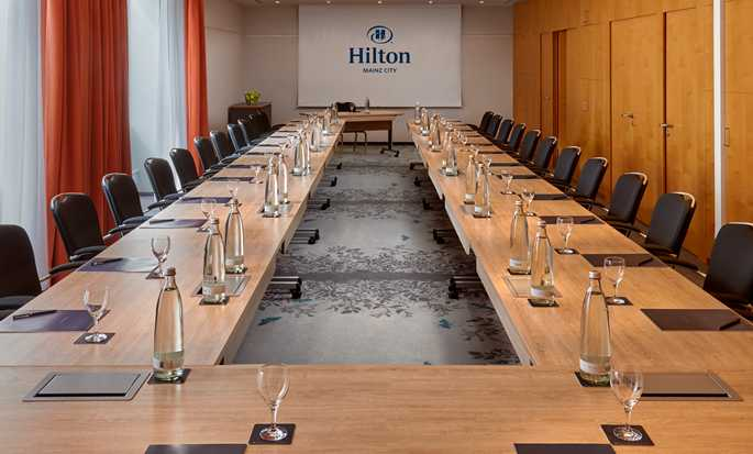 Hilton Mainz City Hotel, Deutschland – Meetingraum