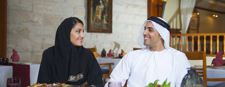 Hilton Al Hamra Beach & Golf Resort -hotelli, Ras Al Khaimah, Yhdistyneet arabiemiirikunnat – Al Shamal – Al Jazeera -ravintola