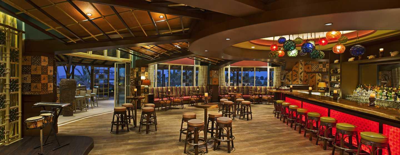 Hilton Al Hamra Beach & Golf Resort -hotelli, Ras Al Khaimah, Yhdistyneet arabiemiirikunnat – Al Shamal – Trader Vic's Mai Tai Lounge