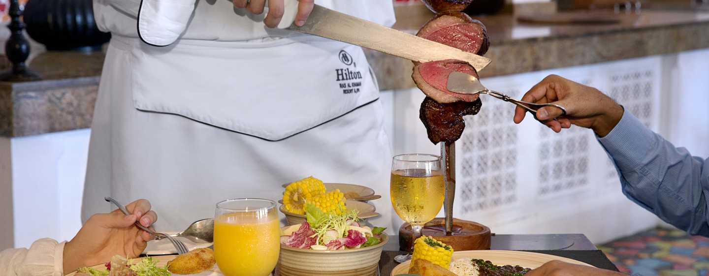 Hilton Ras Al Khaimah Resort & Spa Hotel, VAE – Brasilianisches Churrasco im Pura Vida