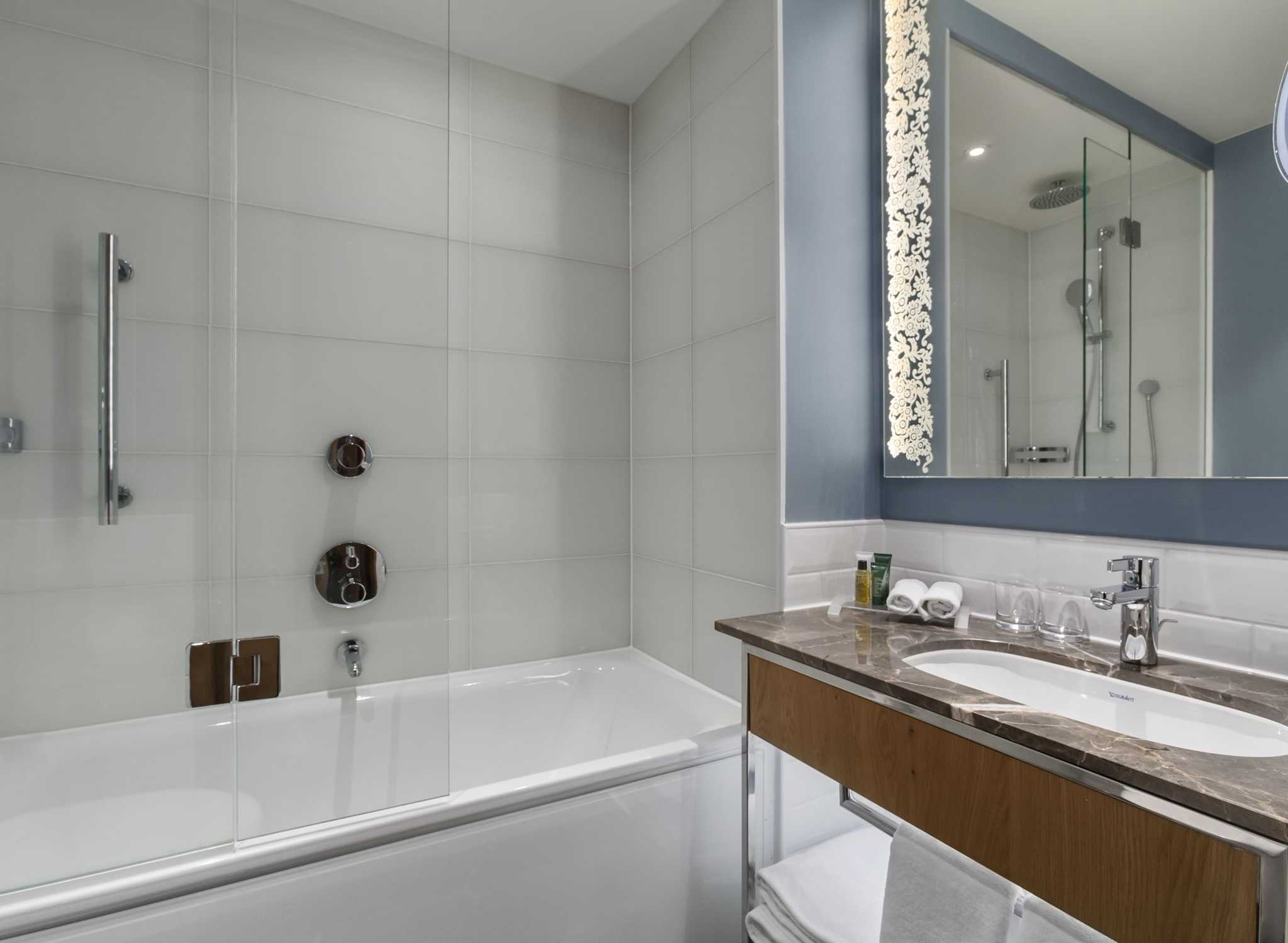 Design Badkamer Rotterdam : Rotterdam hotel hilton rotterdam
