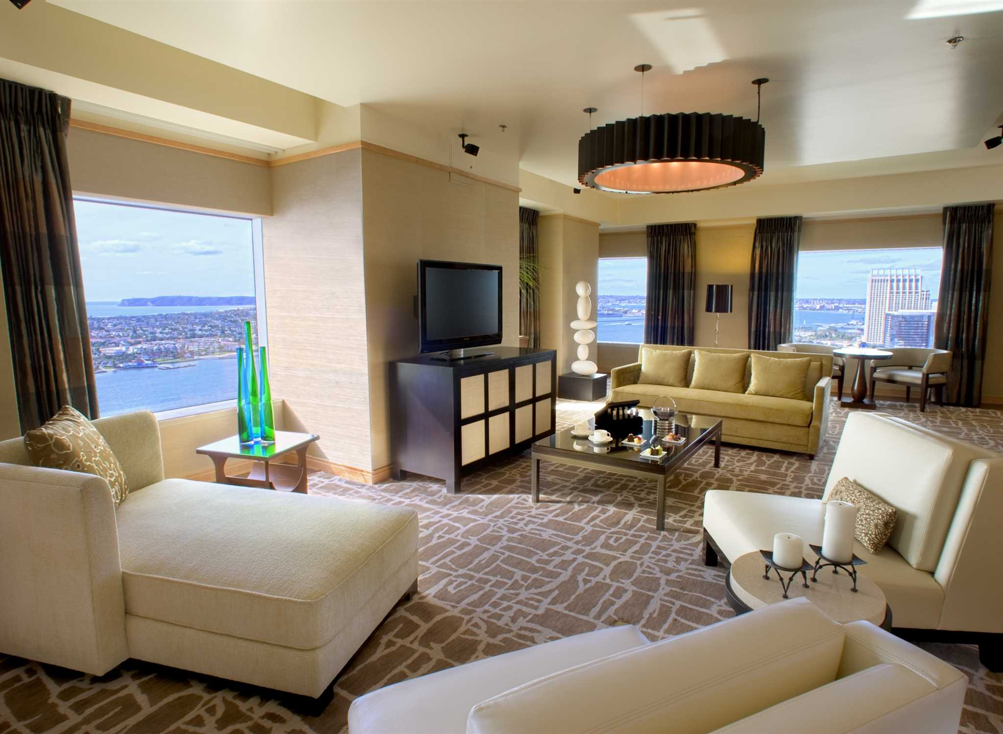 Hilton San Diego Bayfront, Califórnia, EUA U2013 Sala De Estar Da Suíte Part 59