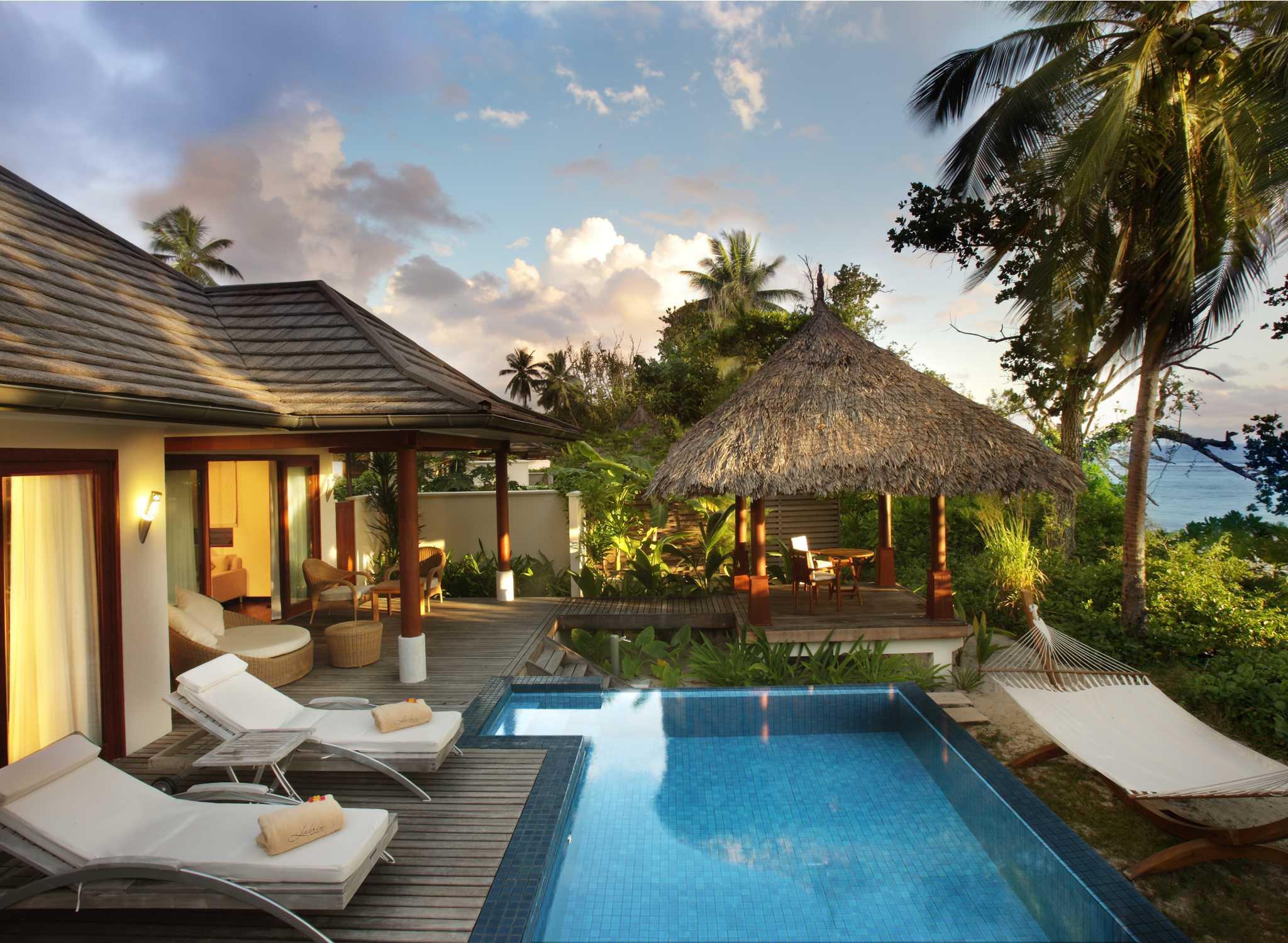 hilton hotels resorts seychelles. Black Bedroom Furniture Sets. Home Design Ideas
