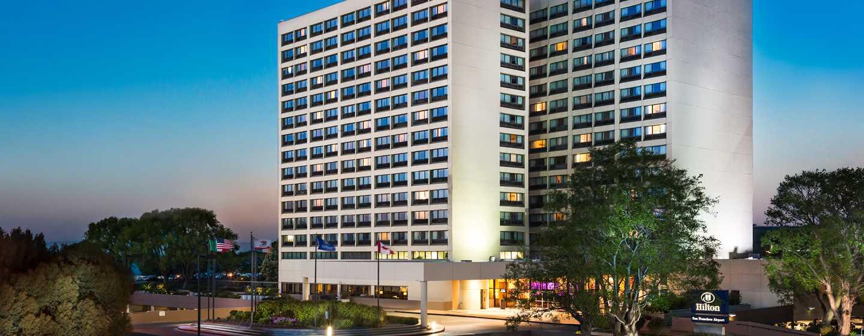 Hotel Hilton San Francisco Airport Bayfront - Vista de la fachada del hotel