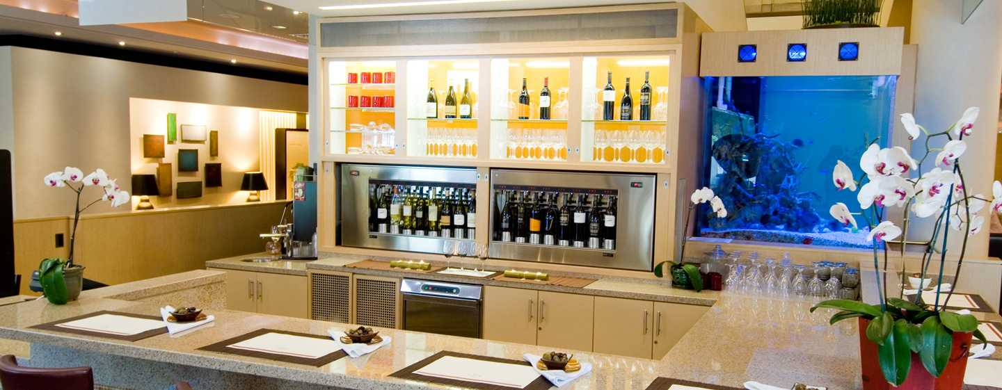 Hilton San Francisco Financial District - Flyte Wine and Beer Bar