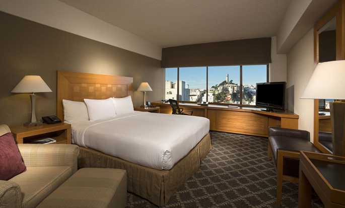 Hilton San Francisco Financial District hotel - King Room with bay view