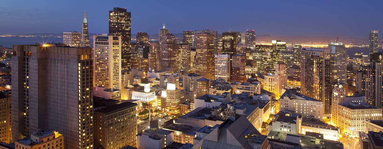 Hilton San Francisco Union Square hotel, Californië, VS - Onze verbazingwekkende skyline bij schemering