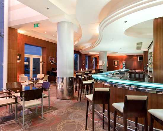 Hilton Sofia, Bułgaria – bar i kawiarnia Artists