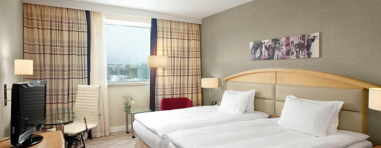 Hilton Sofia, България - луксозна стая с две легла