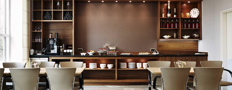 Хотел Hilton Sofia, България - ВИП салон
