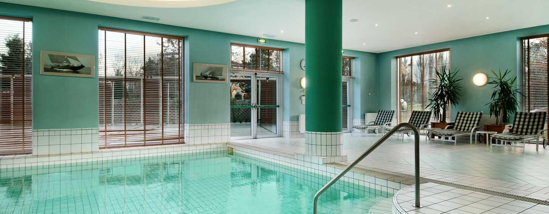 Хотел Hilton Sofia, България - закрит плувен басейн