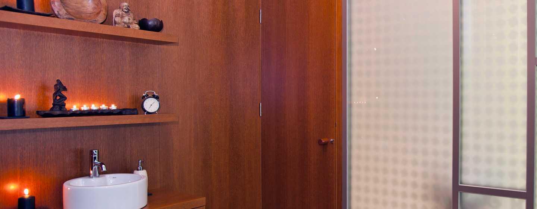 Хотел Hilton Sofia, България - ексклузивно масажно студио