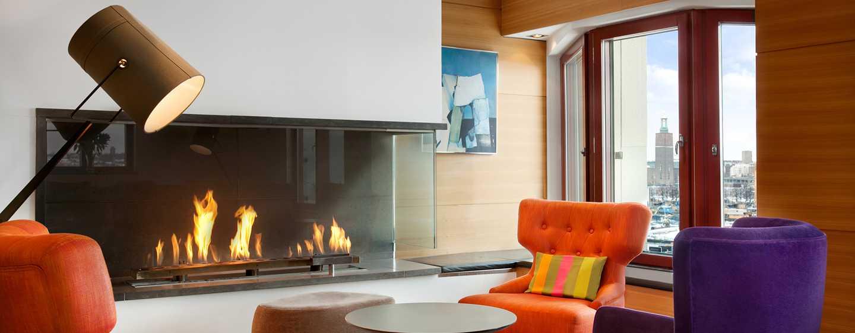 Hilton Stockholm Slussen, Zweden - Executive lounge met uitzicht