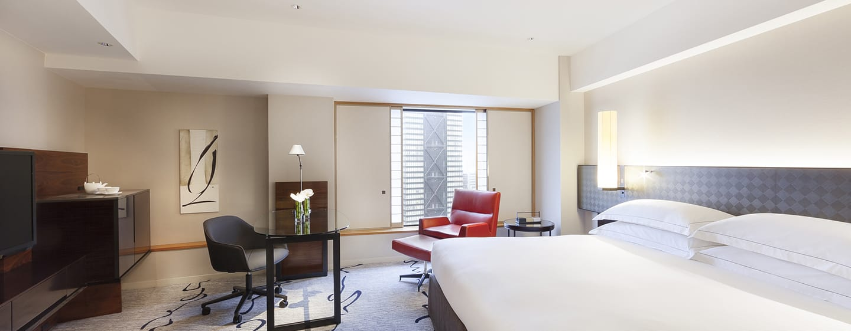 Hilton Tokyo Hotel, Japan – Executive Zimmer mit Kingsize-Bett