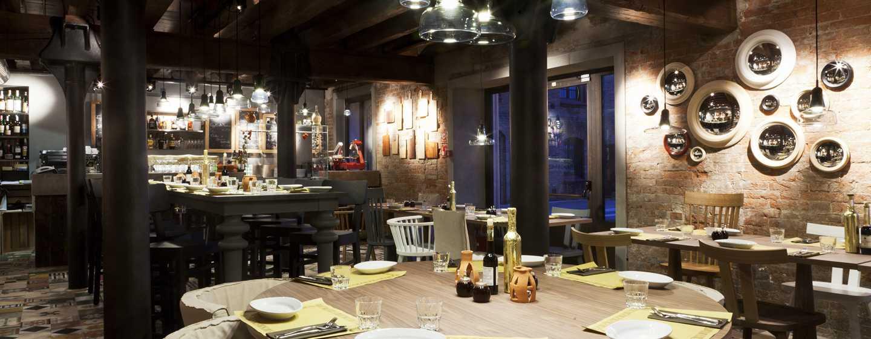 Hôtel Hilton Molino Stucky Venice, Italie - Restaurant Bacaromi