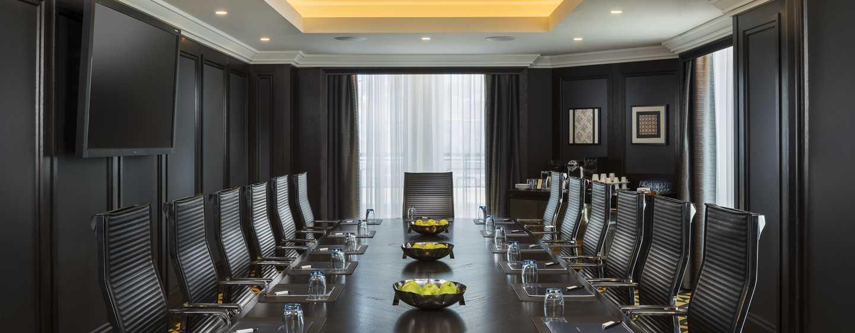 Hilton Vienna Plaza, Österreich– Boardroom Charleston