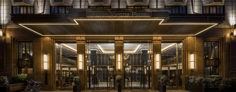 Hilton Vienna Plaza, Österreich – Eingangsbereich des Hotels