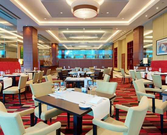 Hilton Warsaw Hotel and Convention Centre, Polska - Restauracja Meza