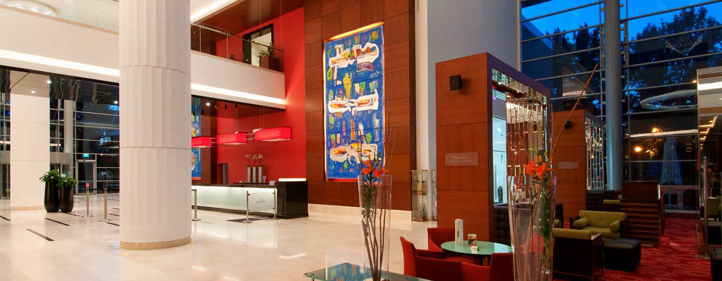 Hilton Warsaw Hotel and Convention Centre, Polen – Lobby