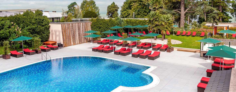 Hôtel Hilton Evian-les-Bains, France - Piscine extérieure